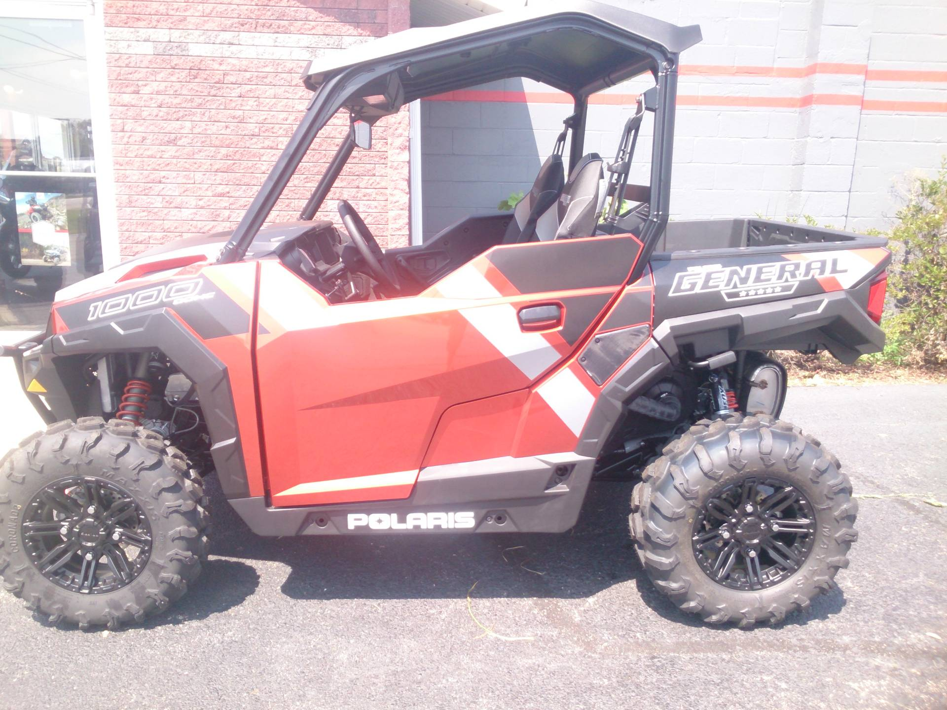 2019 Polaris General 1000 EPS Deluxe in Sterling, Illinois - Photo 2