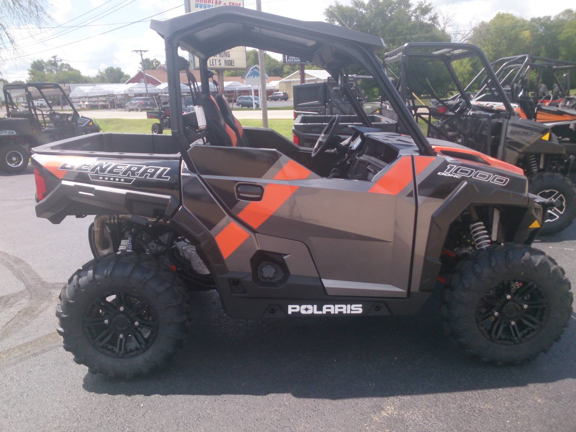 2018 Polaris General 1000 EPS Deluxe in Sterling, Illinois