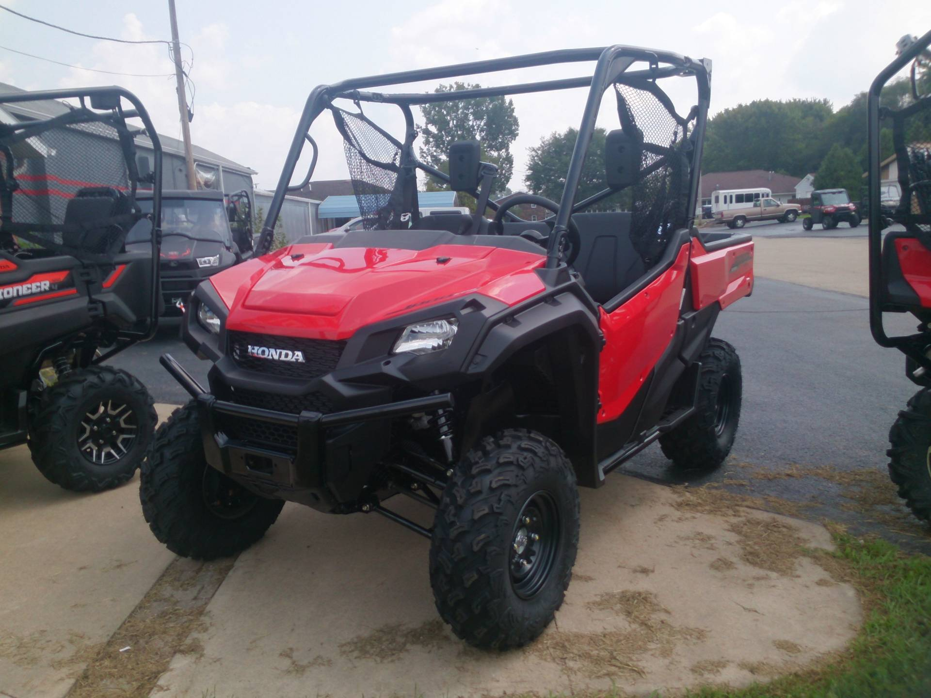 2018 Honda Pioneer 1000 EPS in Sterling, Illinois - Photo 1