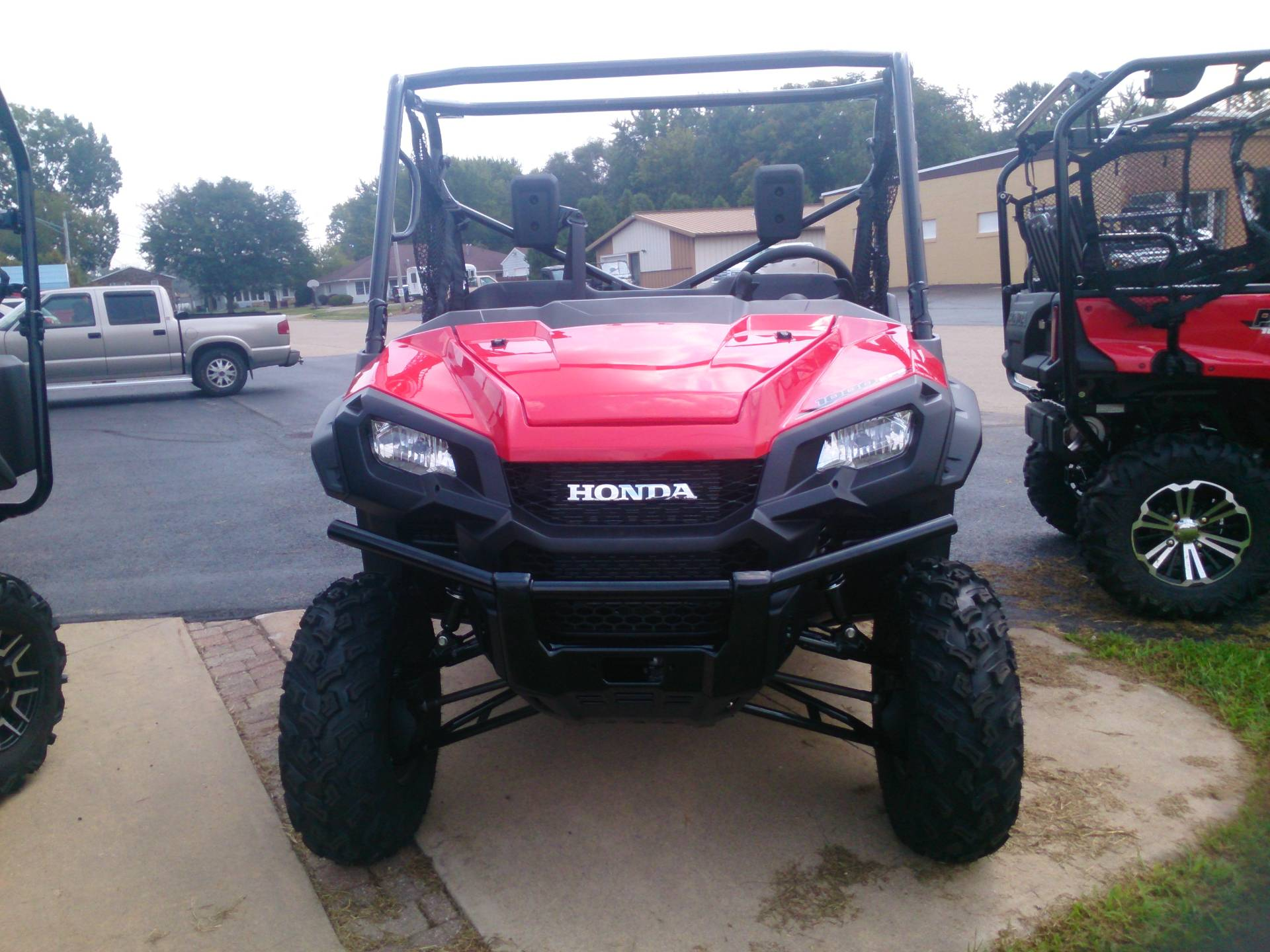 2018 Honda Pioneer 1000 EPS in Sterling, Illinois - Photo 2
