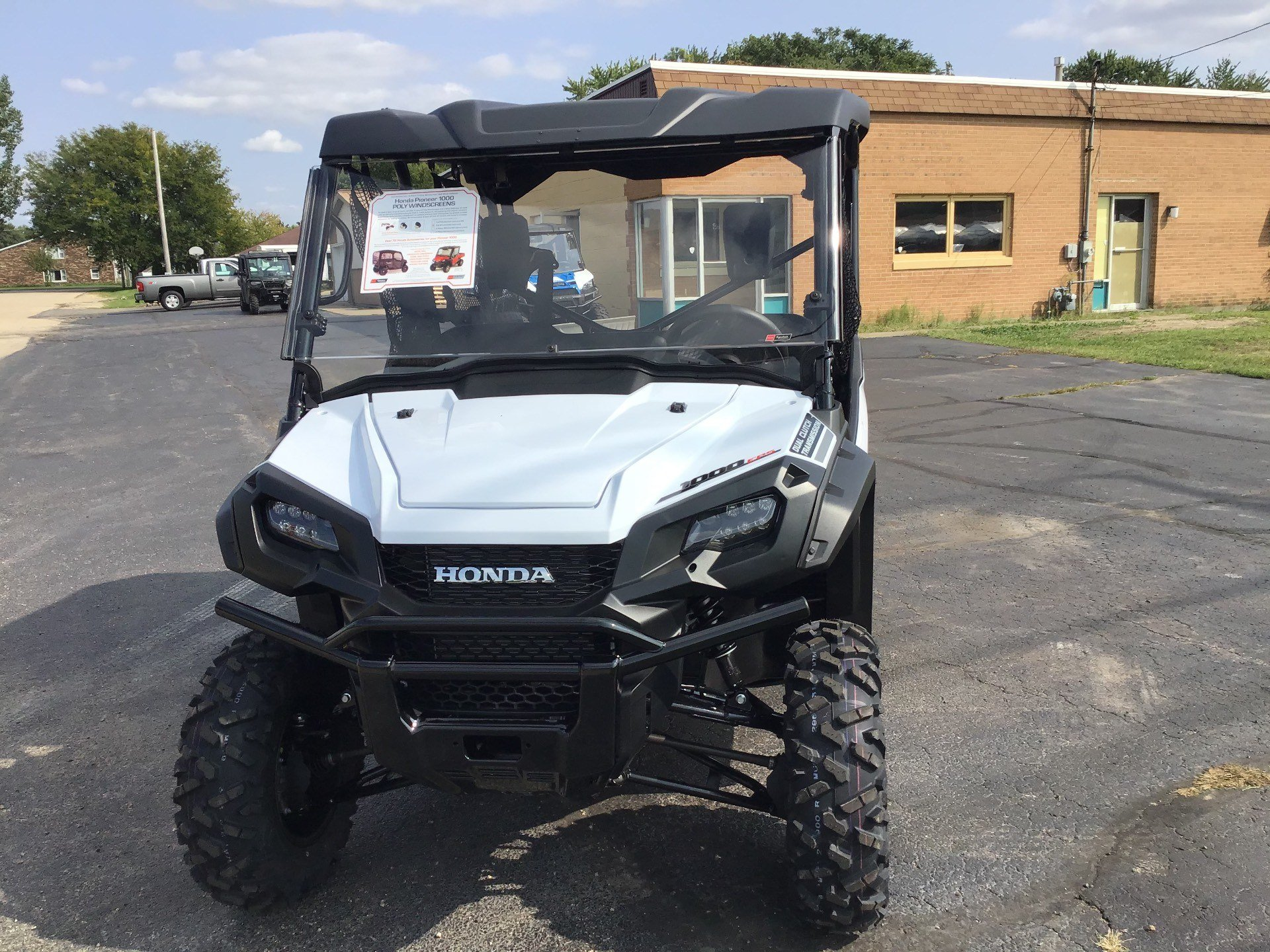 2021 Honda Pioneer 1000-5 Deluxe in Sterling, Illinois - Photo 2