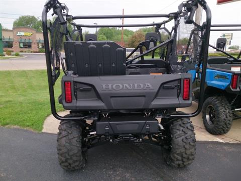 2018 Honda Pioneer 1000-5 Deluxe in Sterling, Illinois - Photo 4