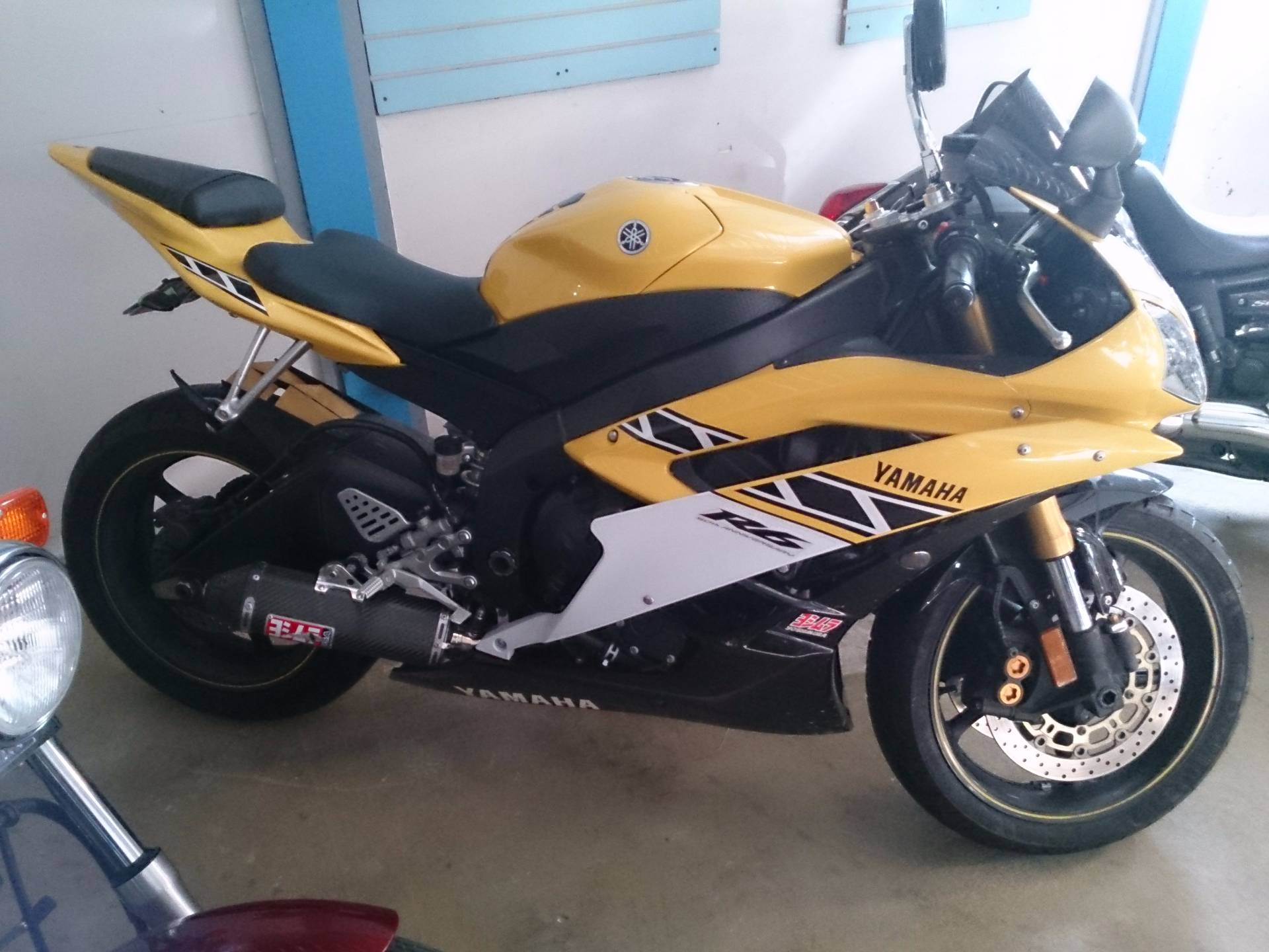 2006 Yamaha YZFR6 in Sterling, Illinois