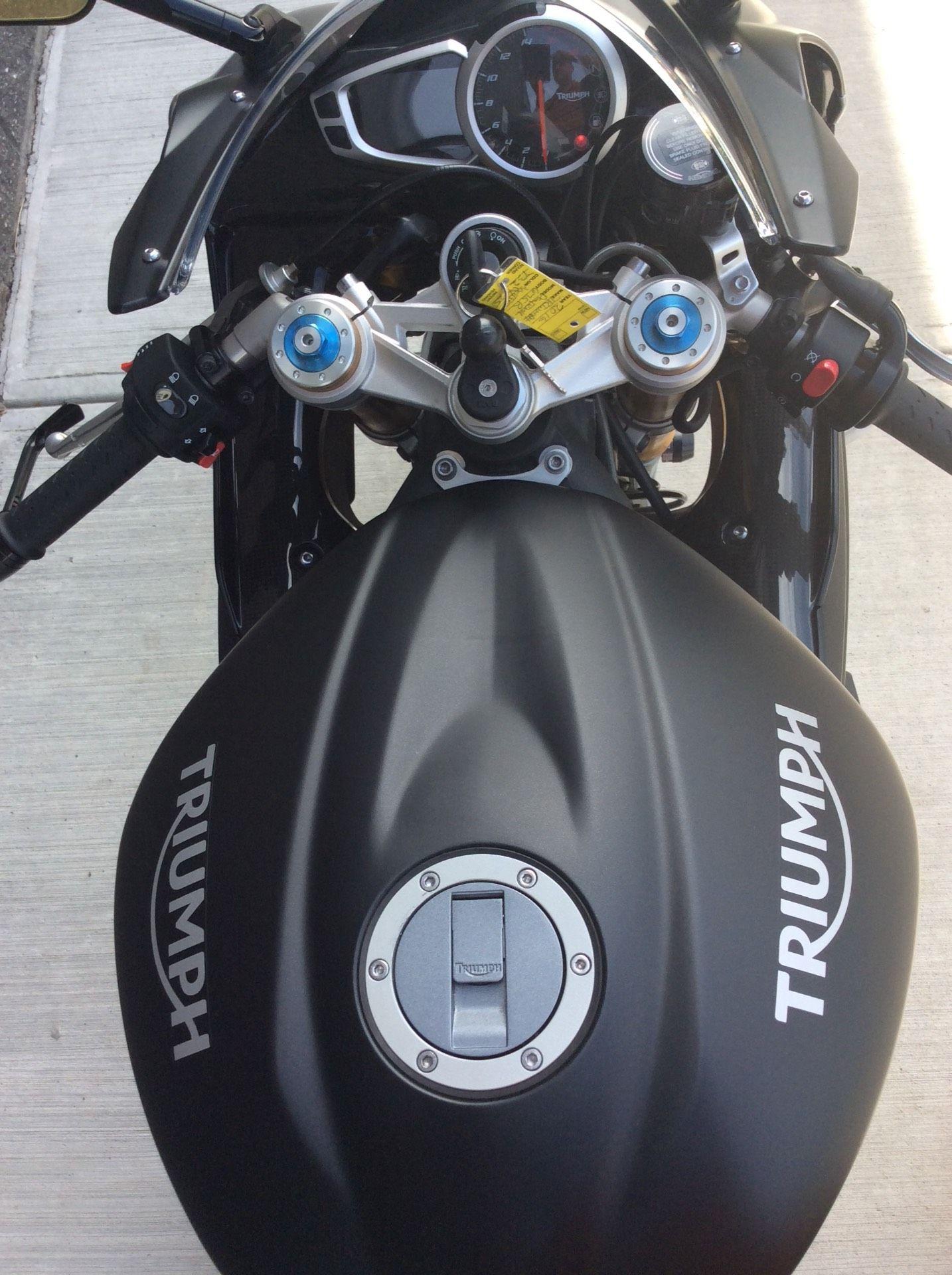 2016 Triumph Daytona 675 R ABS in Goshen, New York
