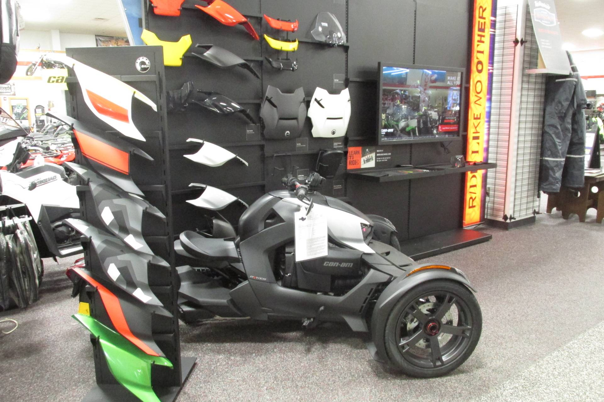 2019 Can-Am RYKER 900 in Springfield, Ohio - Photo 6