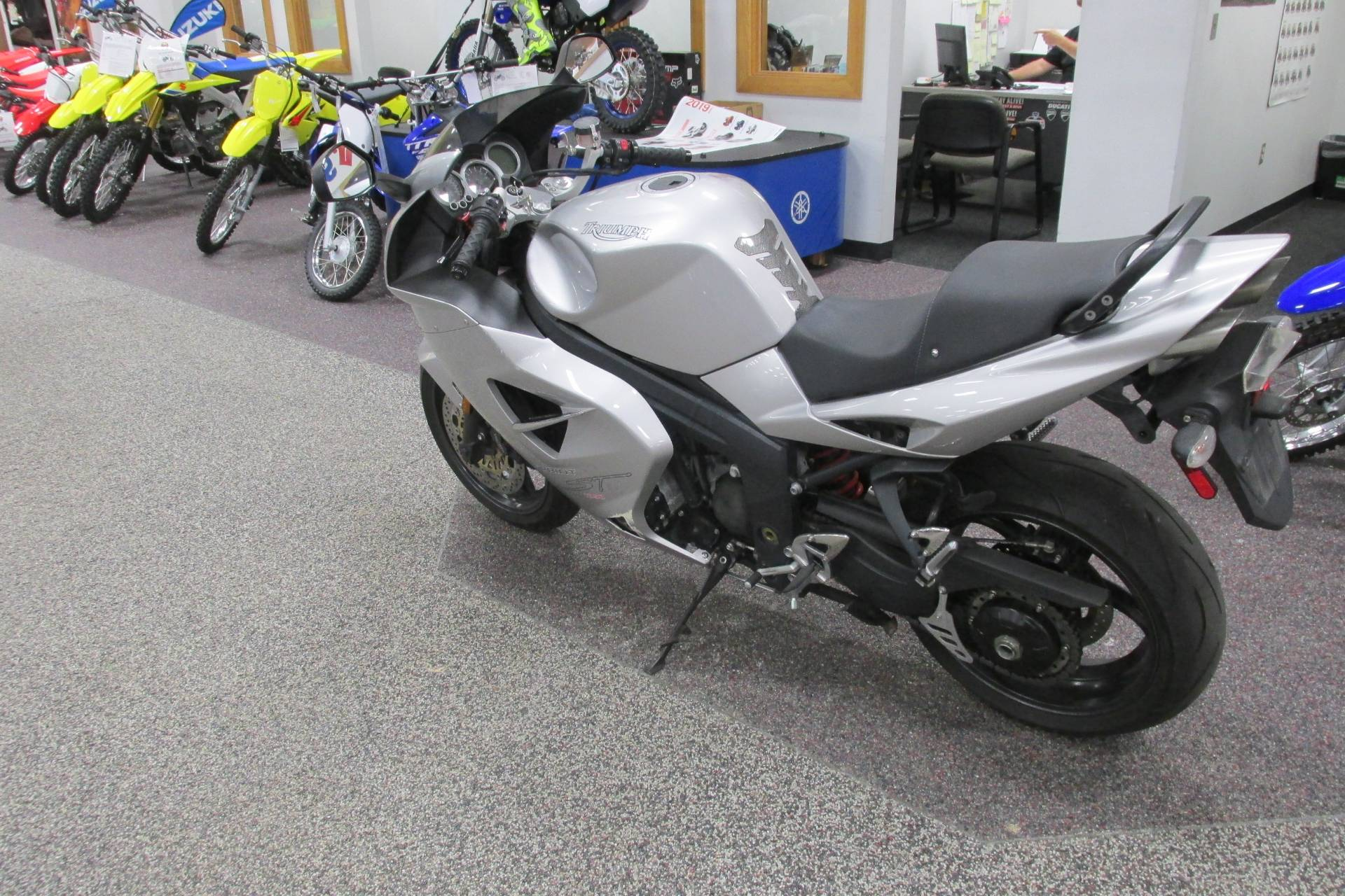 2005 Triumph ST  1050 in Springfield, Ohio