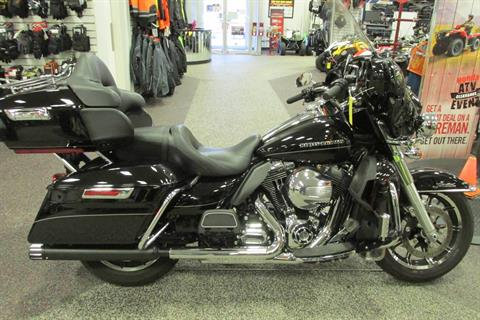 2016 Harley-Davidson ULTRA CLASSIC LIMETED in Springfield, Ohio
