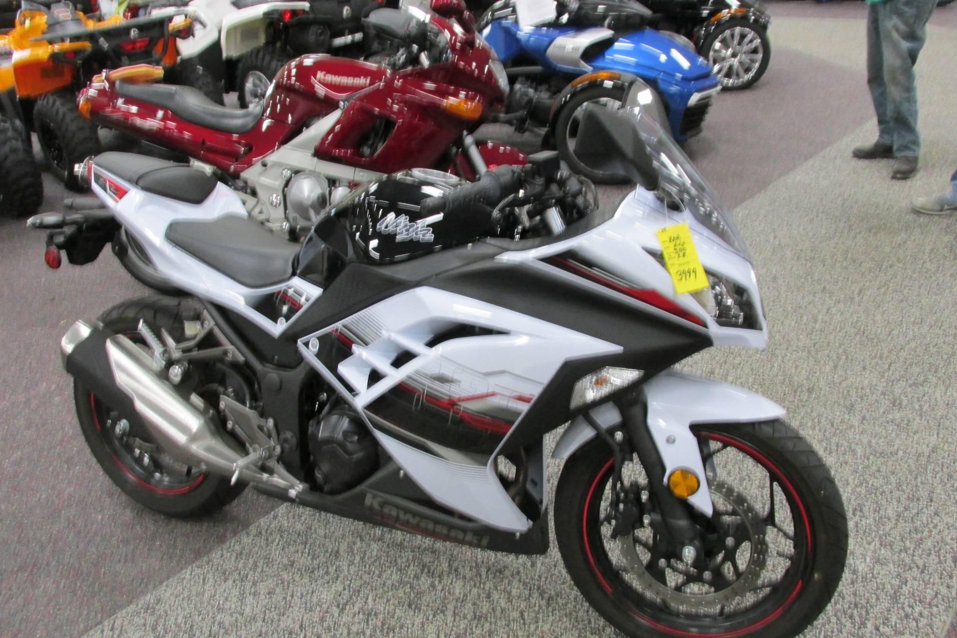 2014 Kawasaki NINJA 300 SPECIAL EDITION Motorcycles Springfield Ohio