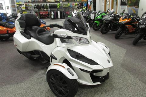 2019 Can-Am SPYDER RT SE6 in Springfield, Ohio - Photo 2