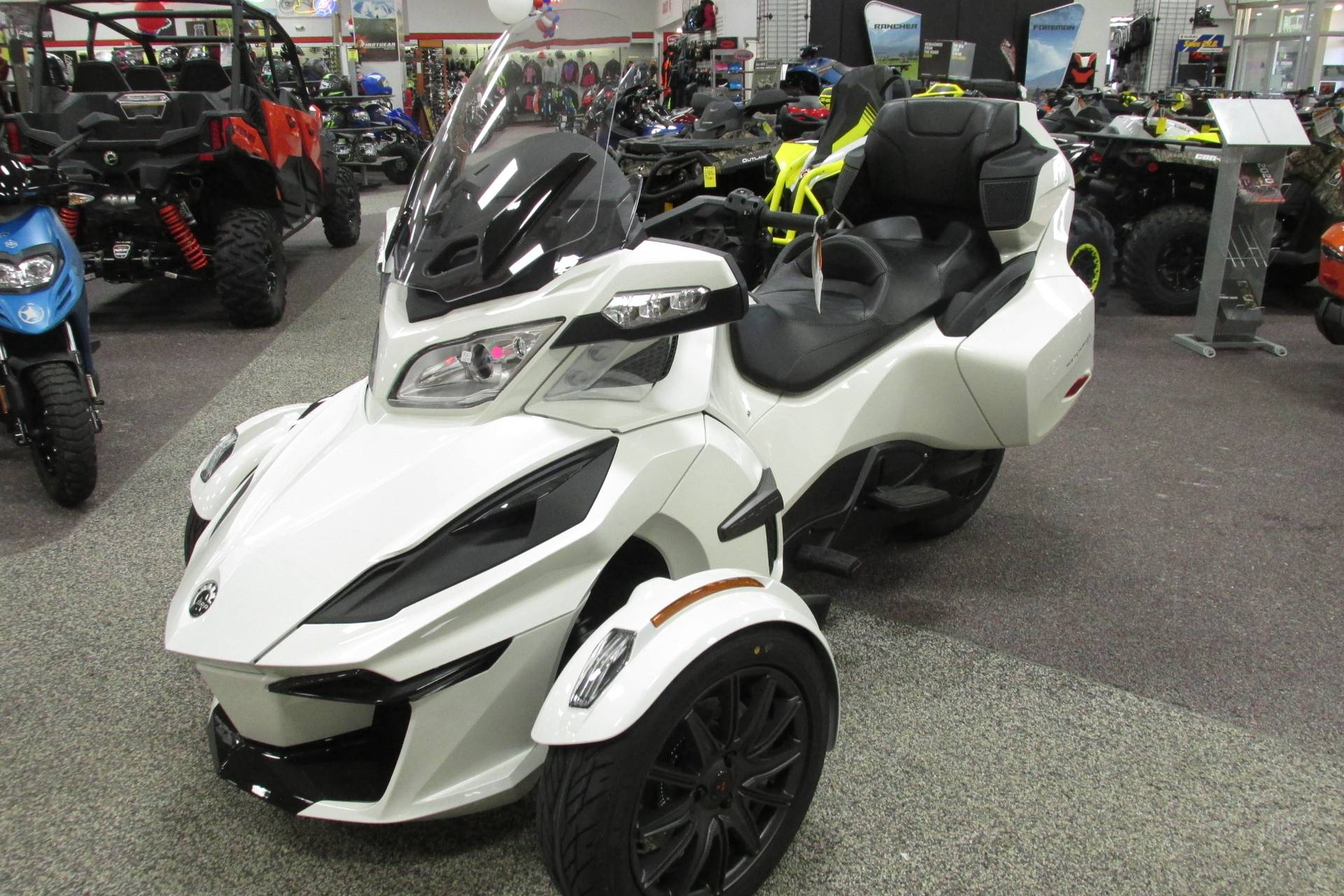 2019 Can-Am SPYDER RT SE6 in Springfield, Ohio - Photo 4