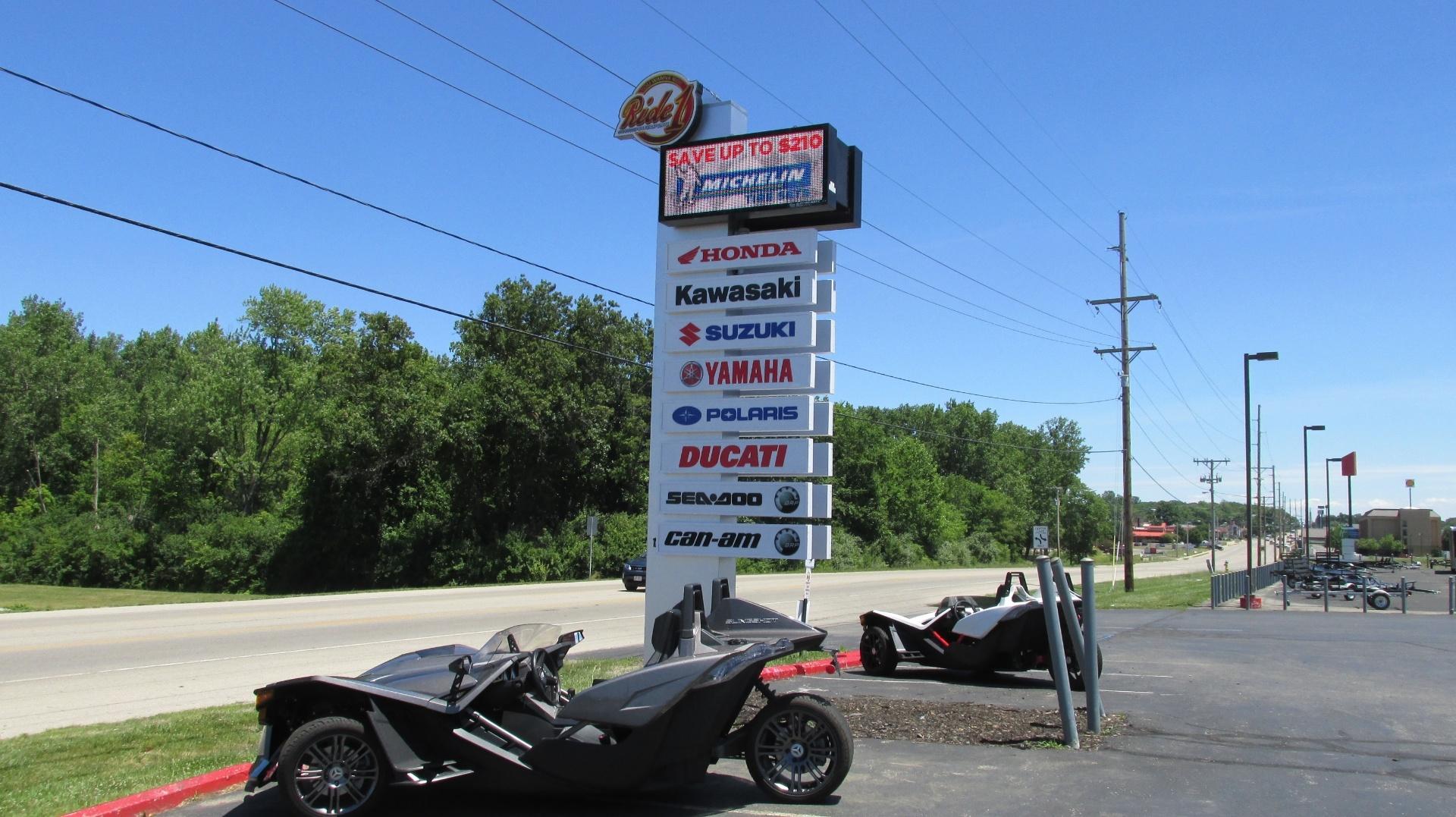 2016 Ducati Scrambler Flat Track Pro in Springfield, Ohio