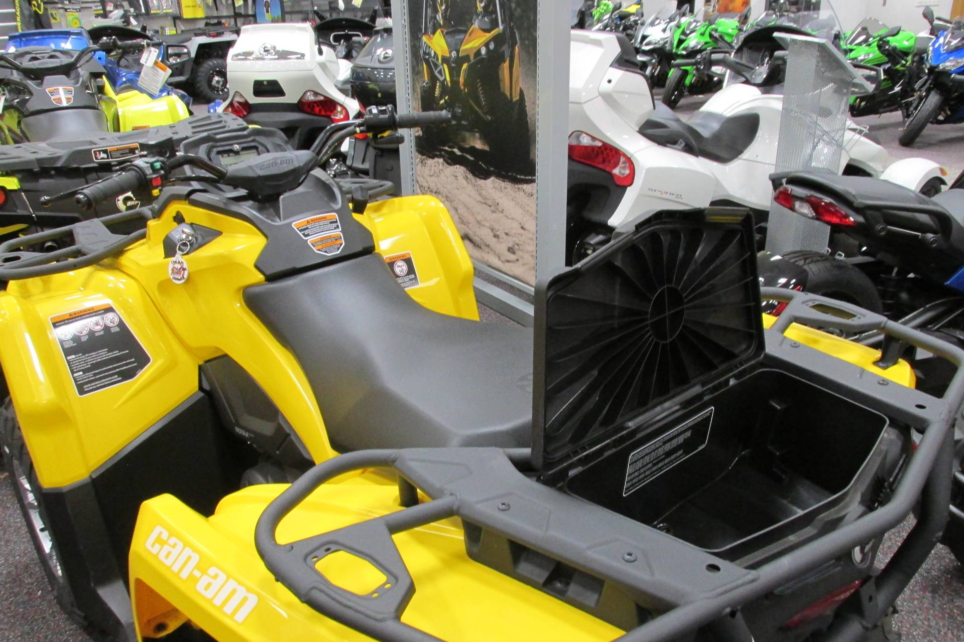 2017 Can-Am™ OUTLANDER 450 DPS 2