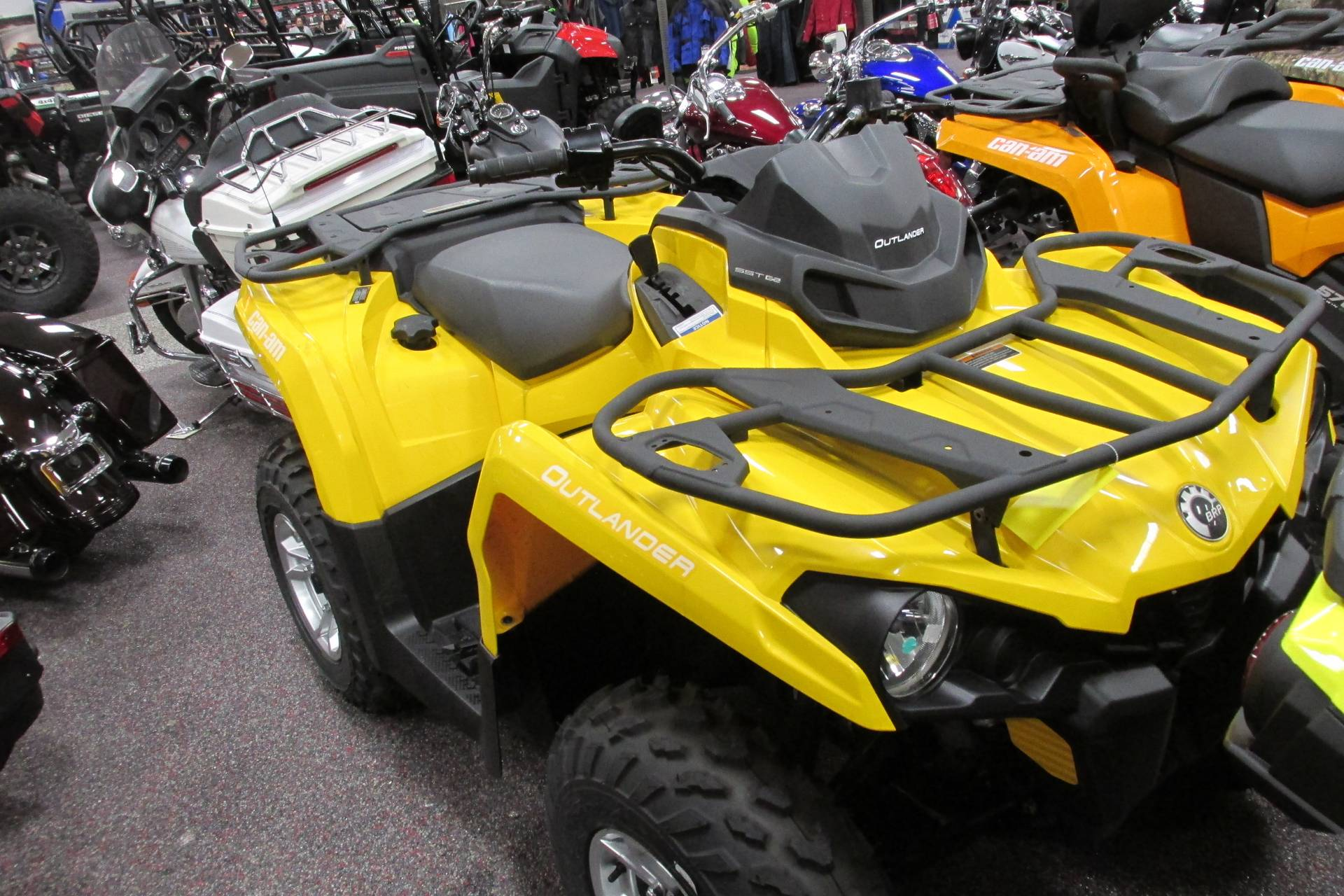 2017 Can-Am™ OUTLANDER 450 DPS 5