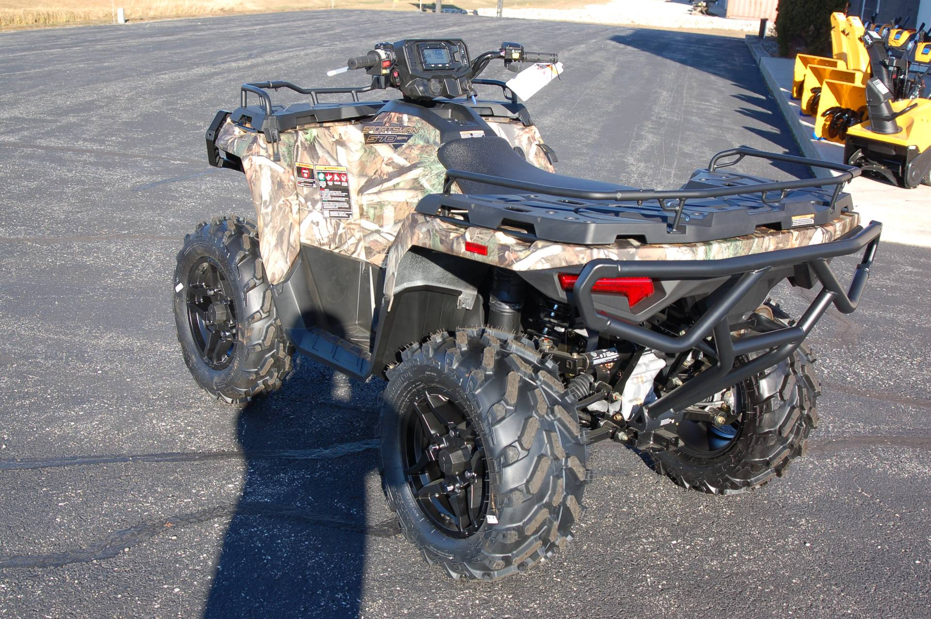2021 Polaris Sportsman 570 Hunt Edition in Sturgeon Bay, Wisconsin - Photo 3