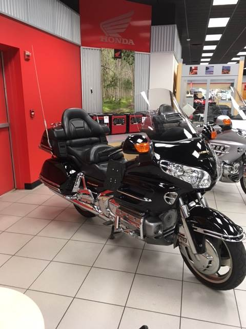 2004 Honda Goldwing in Lafayette, Louisiana - Photo 2