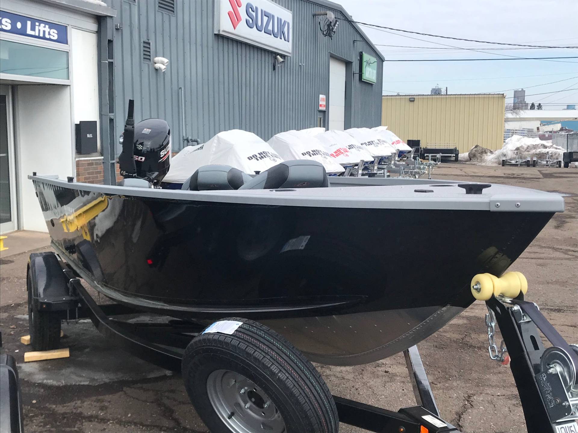 2019 Alumacraft Summit 165 in Superior, Wisconsin