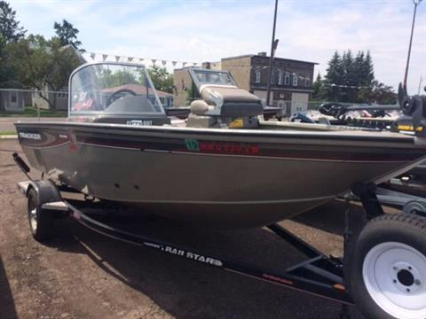 2005 Tracker Pro Guide V-16 WT in Superior, Wisconsin