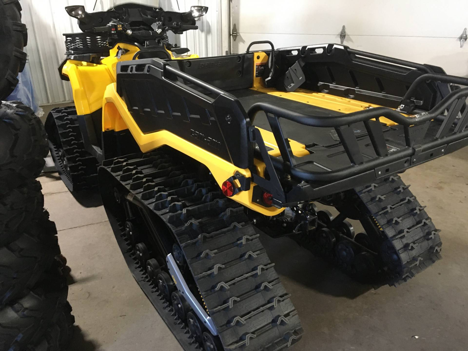 2015 Can-Am Outlander™ 6x6 XT™ 1000 in Superior, Wisconsin - Photo 2