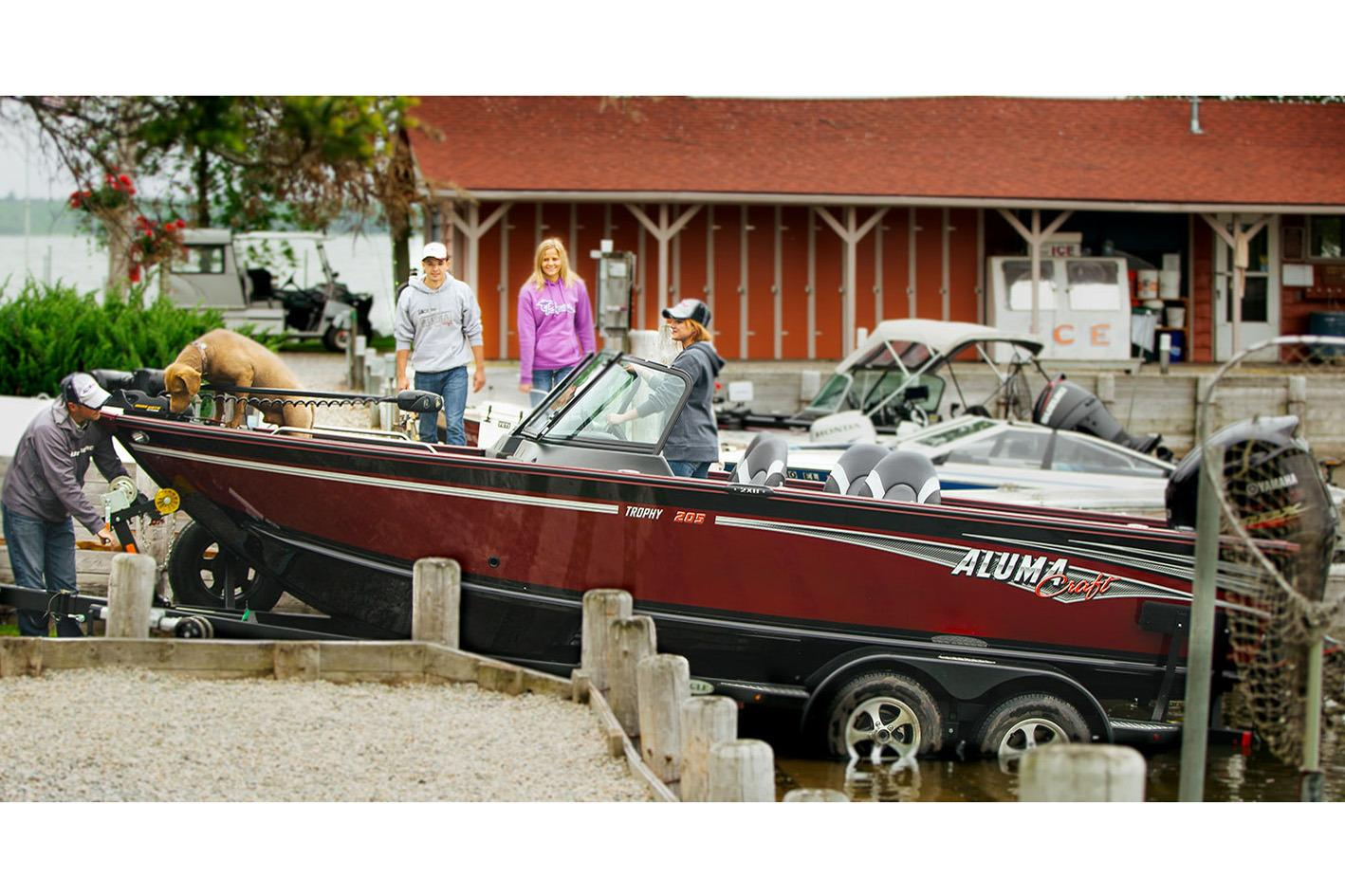 2017 Alumacraft Trophy 205 in Superior, Wisconsin