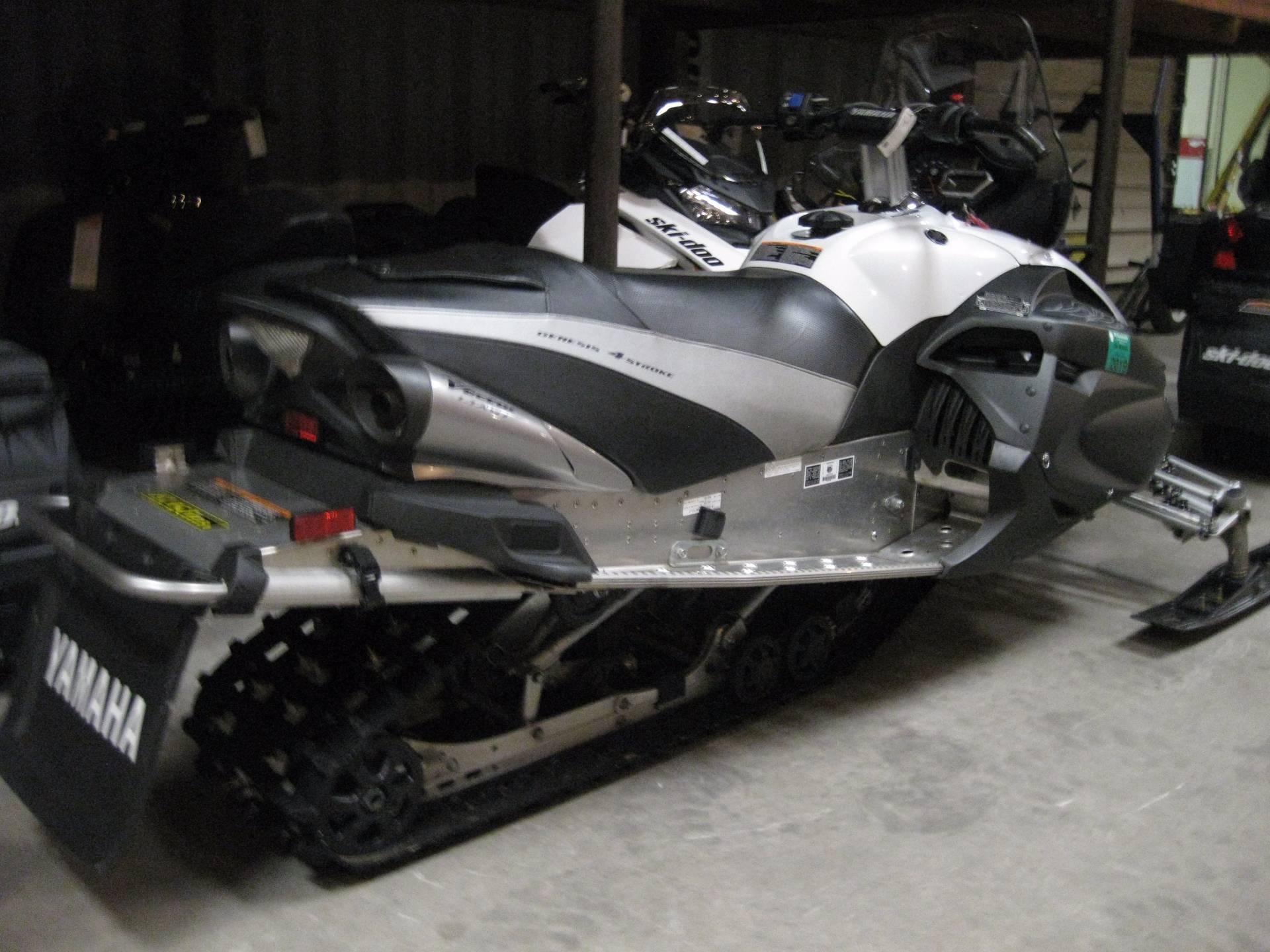 2010 Yamaha Vector GT L-TX in Wisconsin Rapids, Wisconsin