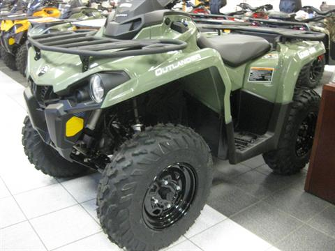 2018 Can-Am Outlander 570 in Wisconsin Rapids, Wisconsin
