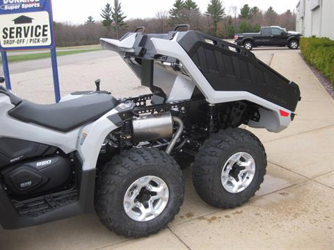 2017 Can-Am Outlander 6 x 6 DPS in Wisconsin Rapids, Wisconsin