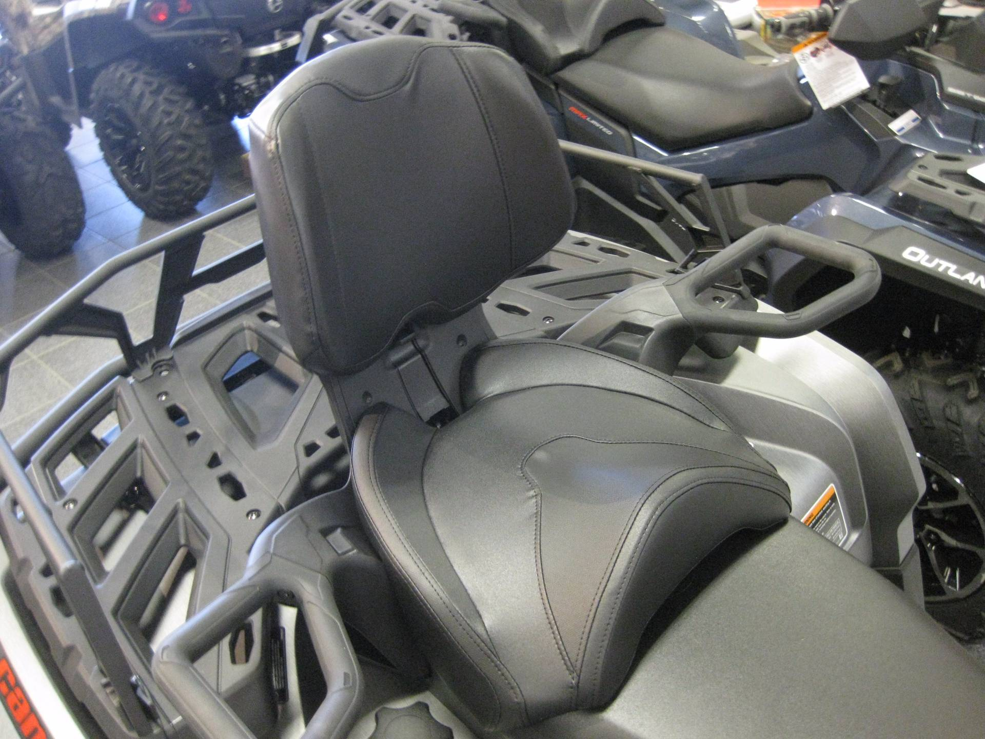 2017 Can-Am Outlander XT Max 850 in Wisconsin Rapids, Wisconsin