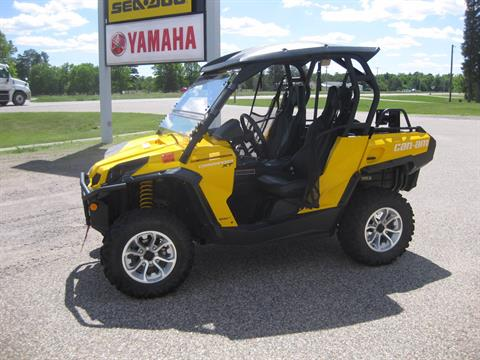 2016 Can-Am Commander XT 800R in Wisconsin Rapids, Wisconsin