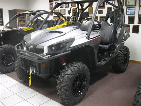 2017 Can-Am Commander XT 800 in Wisconsin Rapids, Wisconsin