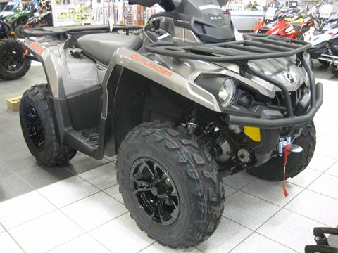2017 Can-Am Outlander XT 570 in Wisconsin Rapids, Wisconsin