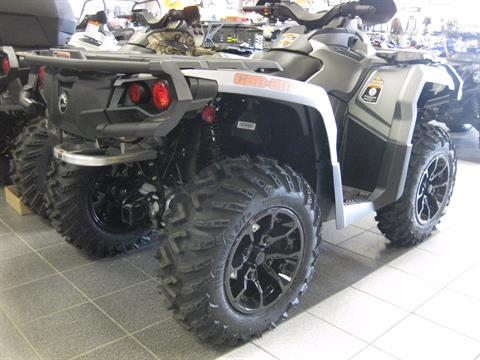 2017 Can-Am Outlander XT 850 in Wisconsin Rapids, Wisconsin