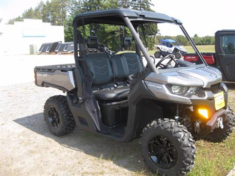 2017 Can-Am Defender XT HD8 in Wisconsin Rapids, Wisconsin