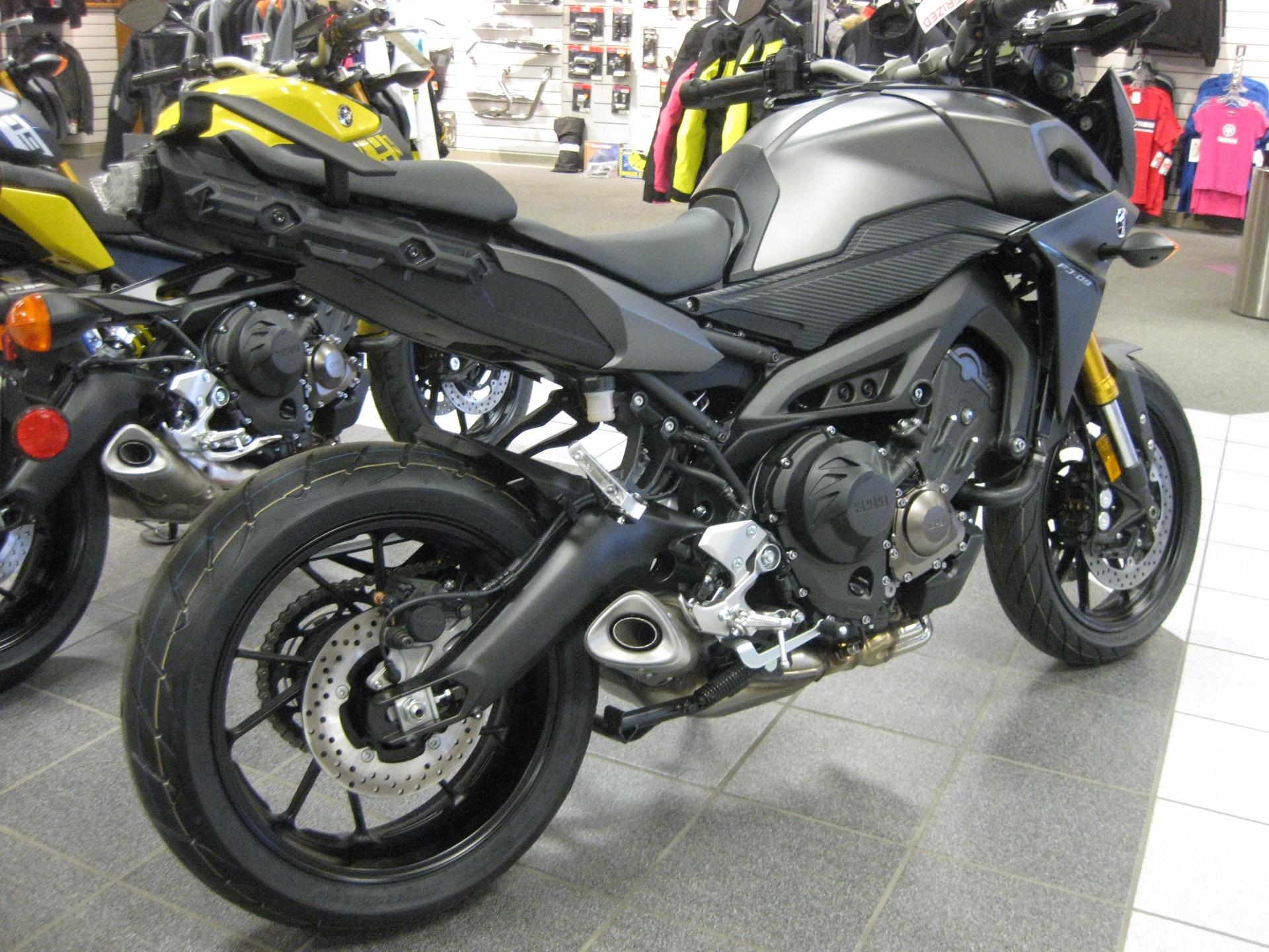 2015 Yamaha FJ-09 in Wisconsin Rapids, Wisconsin