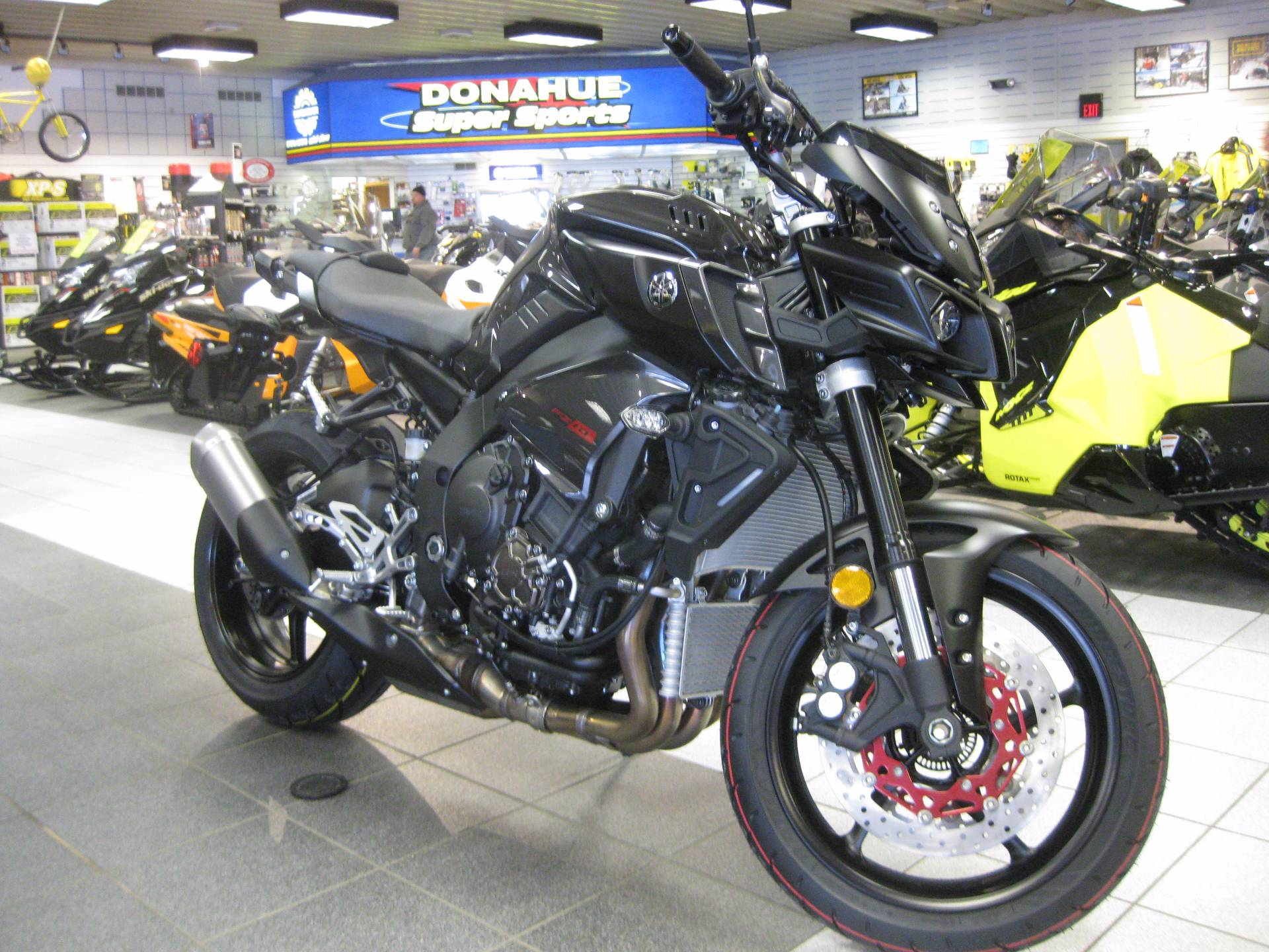 new 2017 yamaha fz 10 motorcycles in wisconsin rapids wi stock number 09256. Black Bedroom Furniture Sets. Home Design Ideas