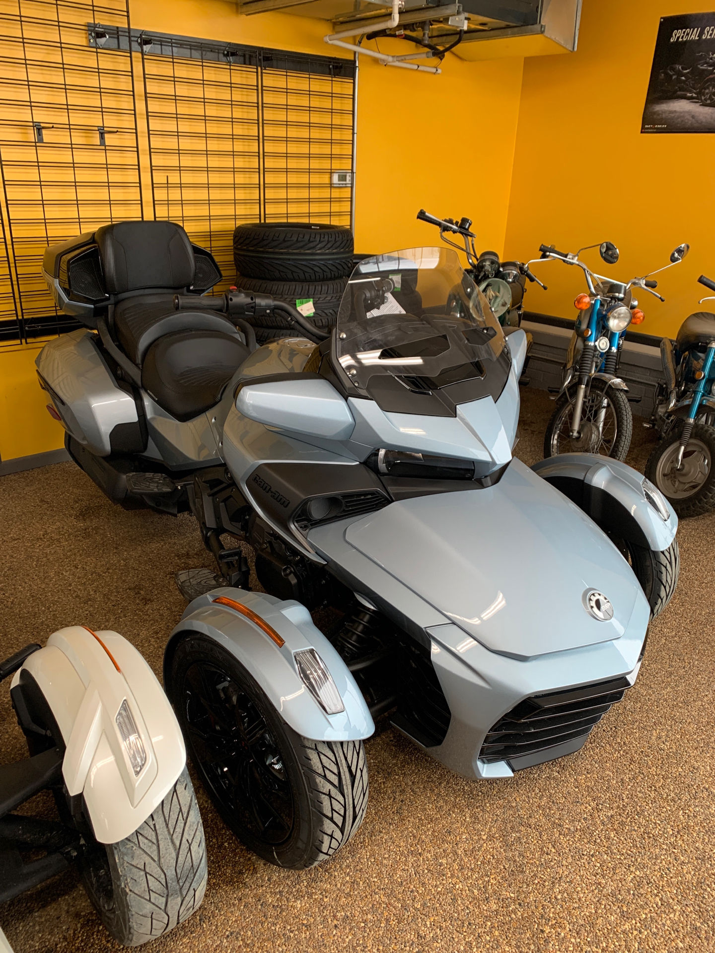 2021 Can-Am Spyder F3 Limited in Algona, Iowa - Photo 1