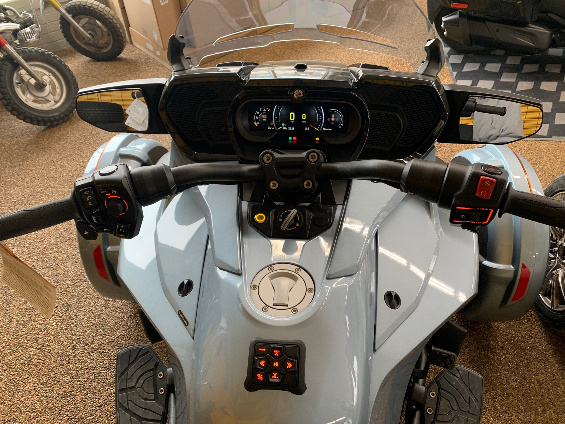2021 Can-Am Spyder F3 Limited in Algona, Iowa - Photo 3