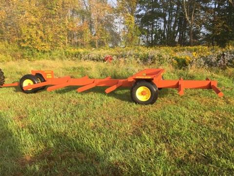 2019  Pequea 646 Round Bale Mover in Mansfield, Pennsylvania