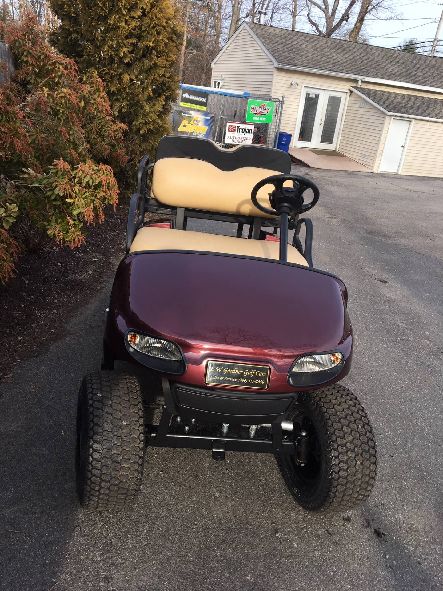 2019 E-Z-Go TXT Valor Gasoline in Exeter, Rhode Island - Photo 2