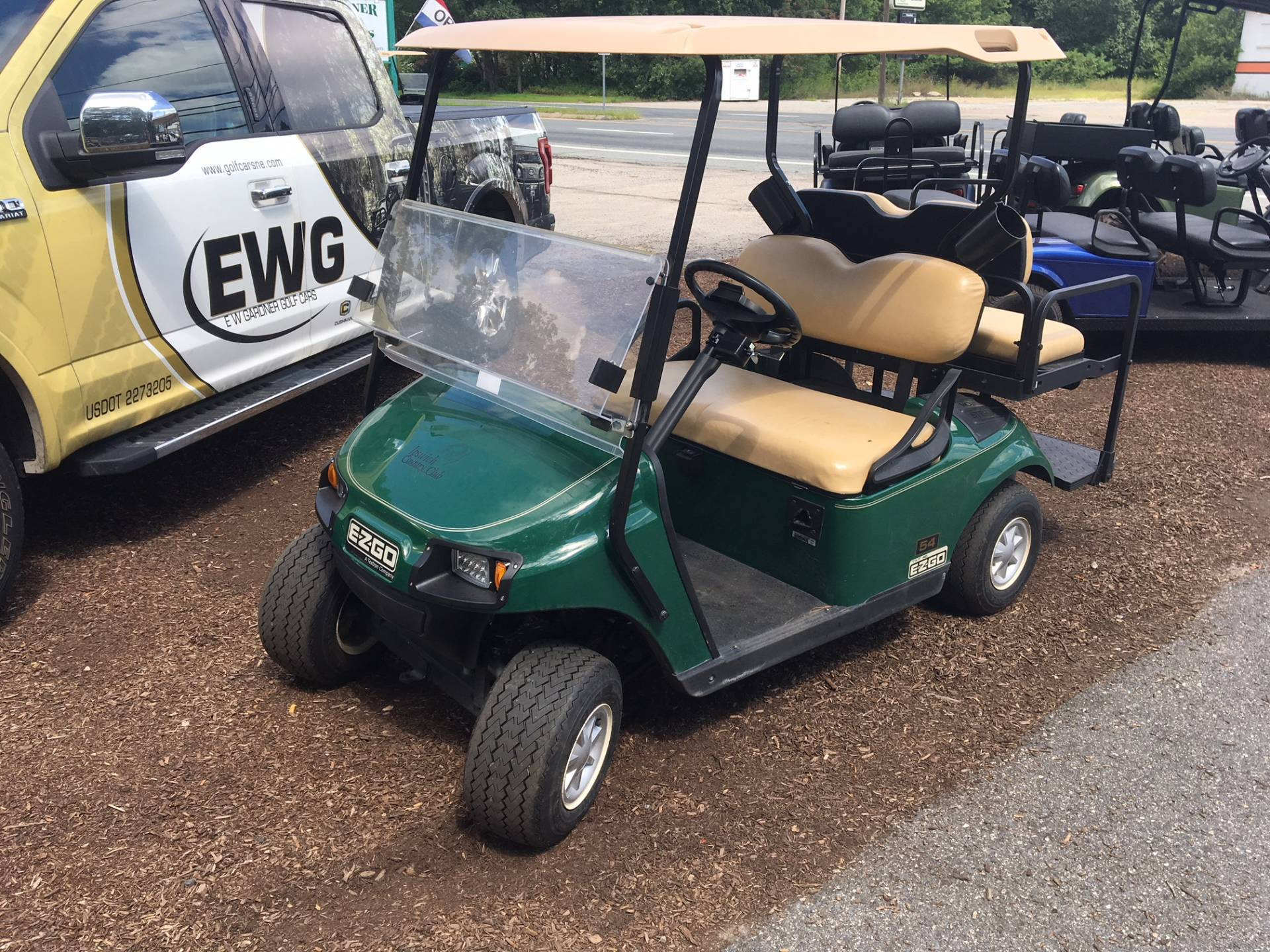 2015 E-Z-GO Shuttle 2 + 2 TXT Electric in Exeter, Rhode Island - Photo 1