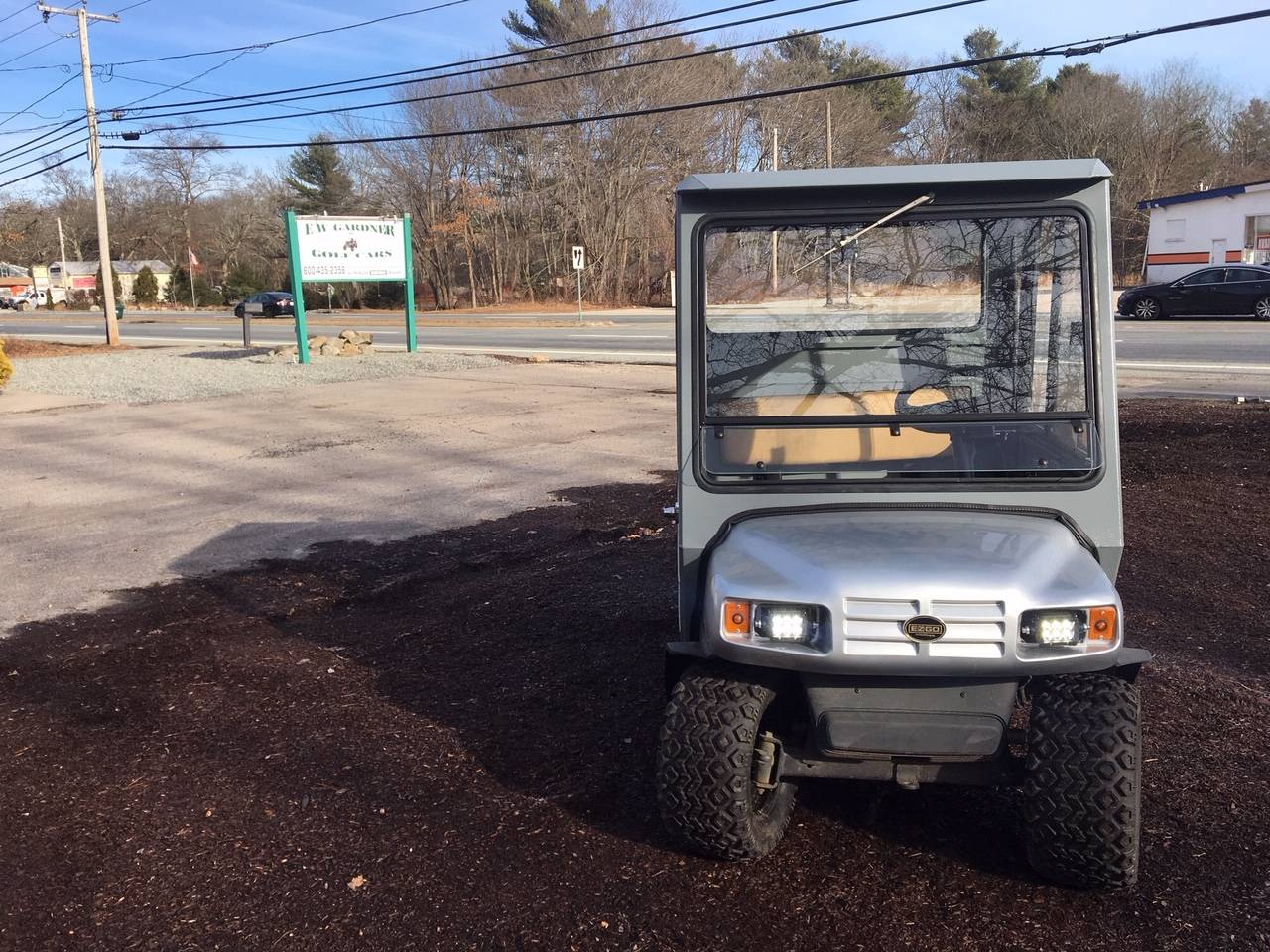2010 E-Z-GO MPT 1000 in Exeter, Rhode Island