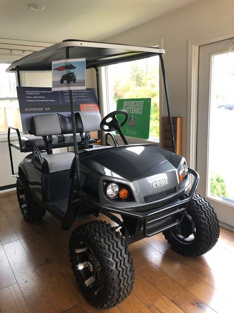 2019 E-Z-GO Express S4 Electric in Exeter, Rhode Island