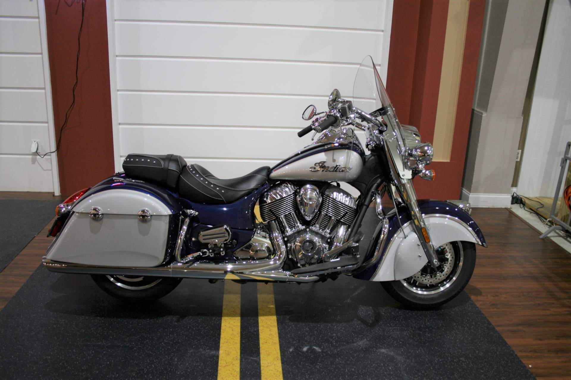 2017 Indian Springfield™ in Saint Rose, Louisiana