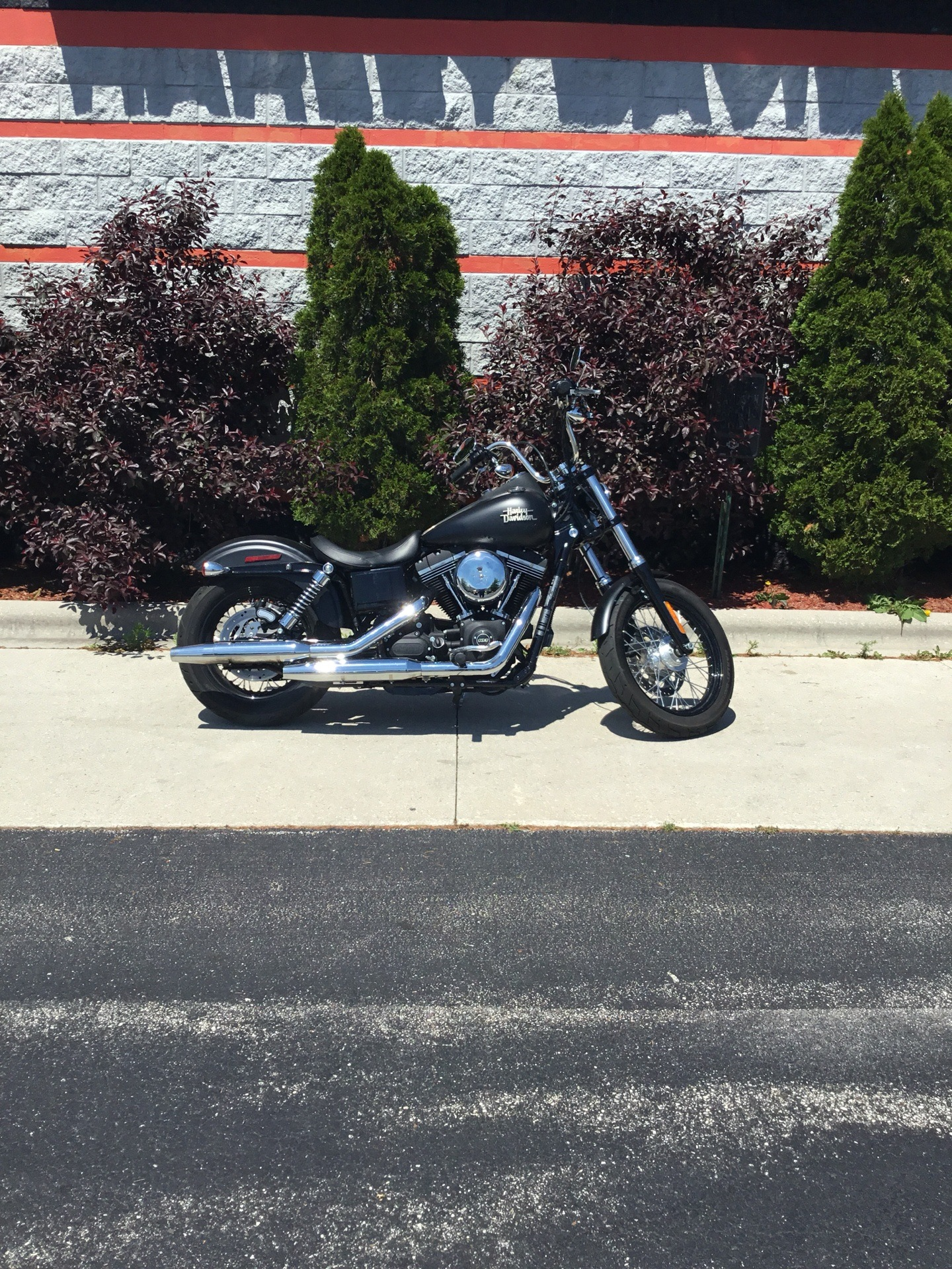 2017 Harley-Davidson Street Bob® in Sheboygan, Wisconsin - Photo 2