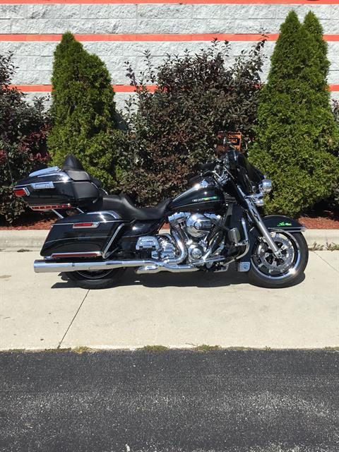 2014 Harley-Davidson Ultra Limited in Sheboygan, Wisconsin - Photo 2