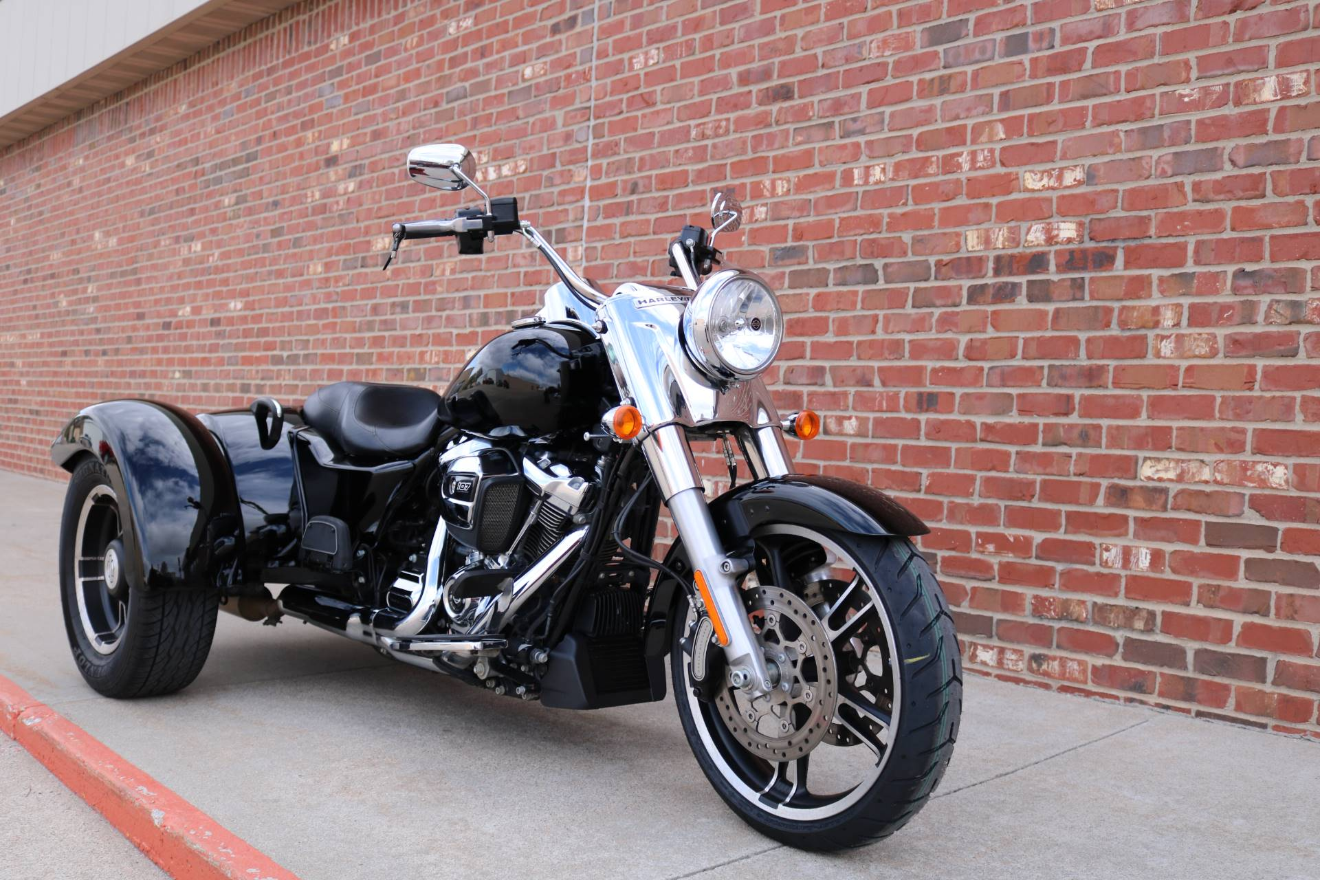 2017 Harley-Davidson Freewheeler in Ames, Iowa - Photo 3