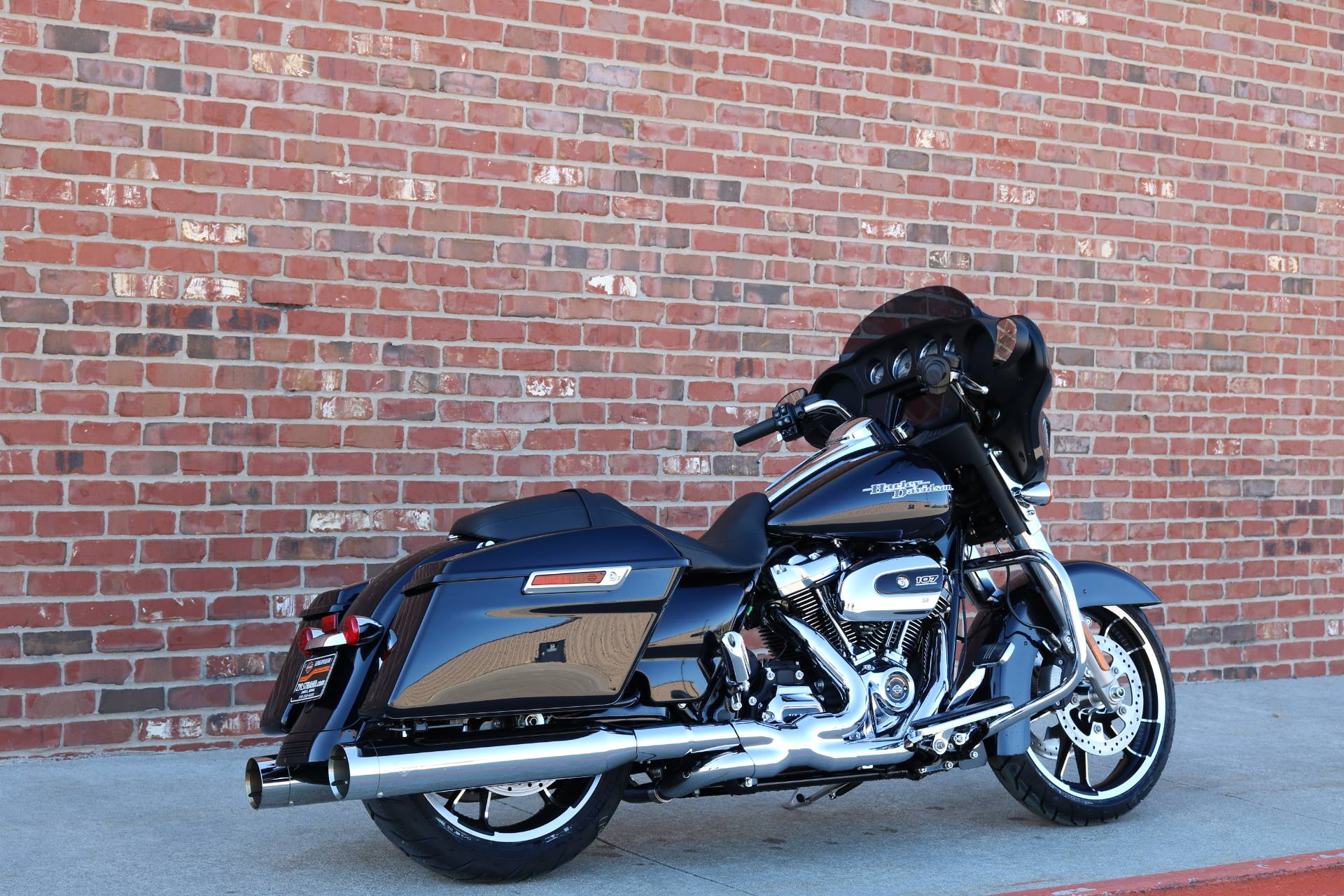 2020 Harley-Davidson Street Glide® in Ames, Iowa - Photo 13