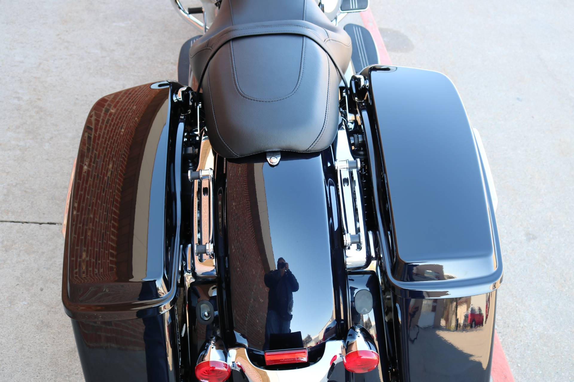 2020 Harley-Davidson Street Glide® in Ames, Iowa - Photo 17