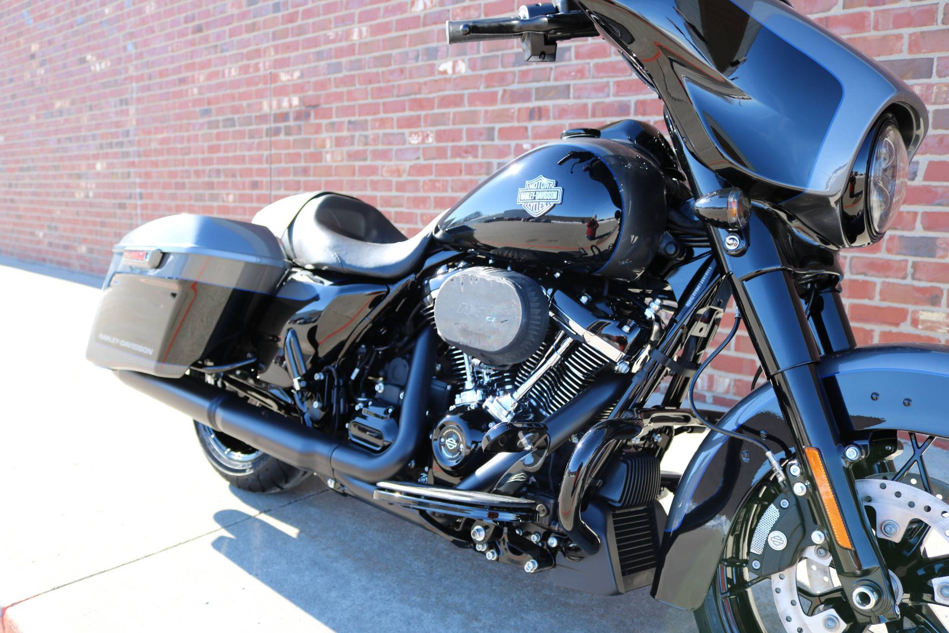 2021 Harley-Davidson Street Glide® Special in Ames, Iowa - Photo 8