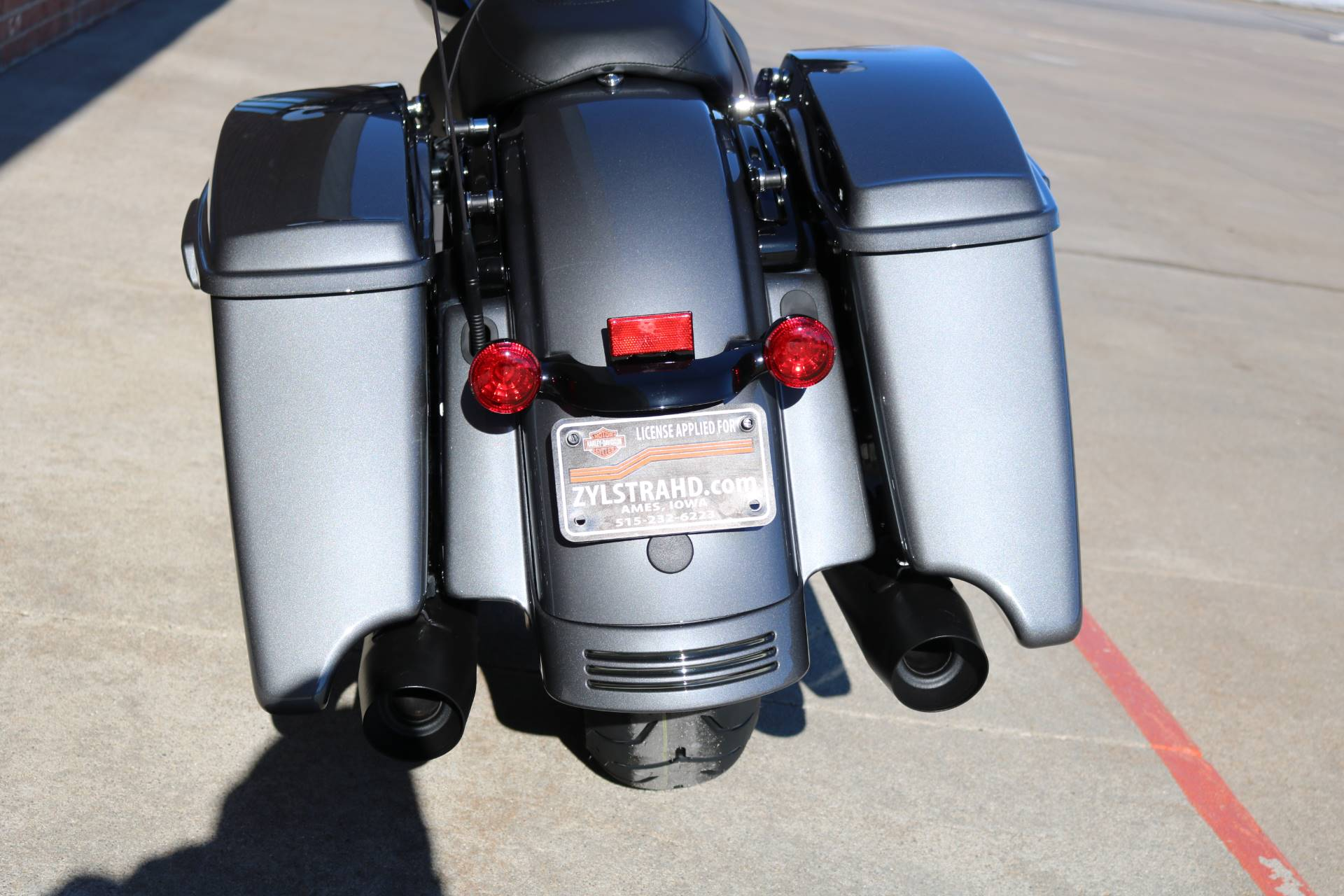 2021 Harley-Davidson Street Glide® Special in Ames, Iowa - Photo 16