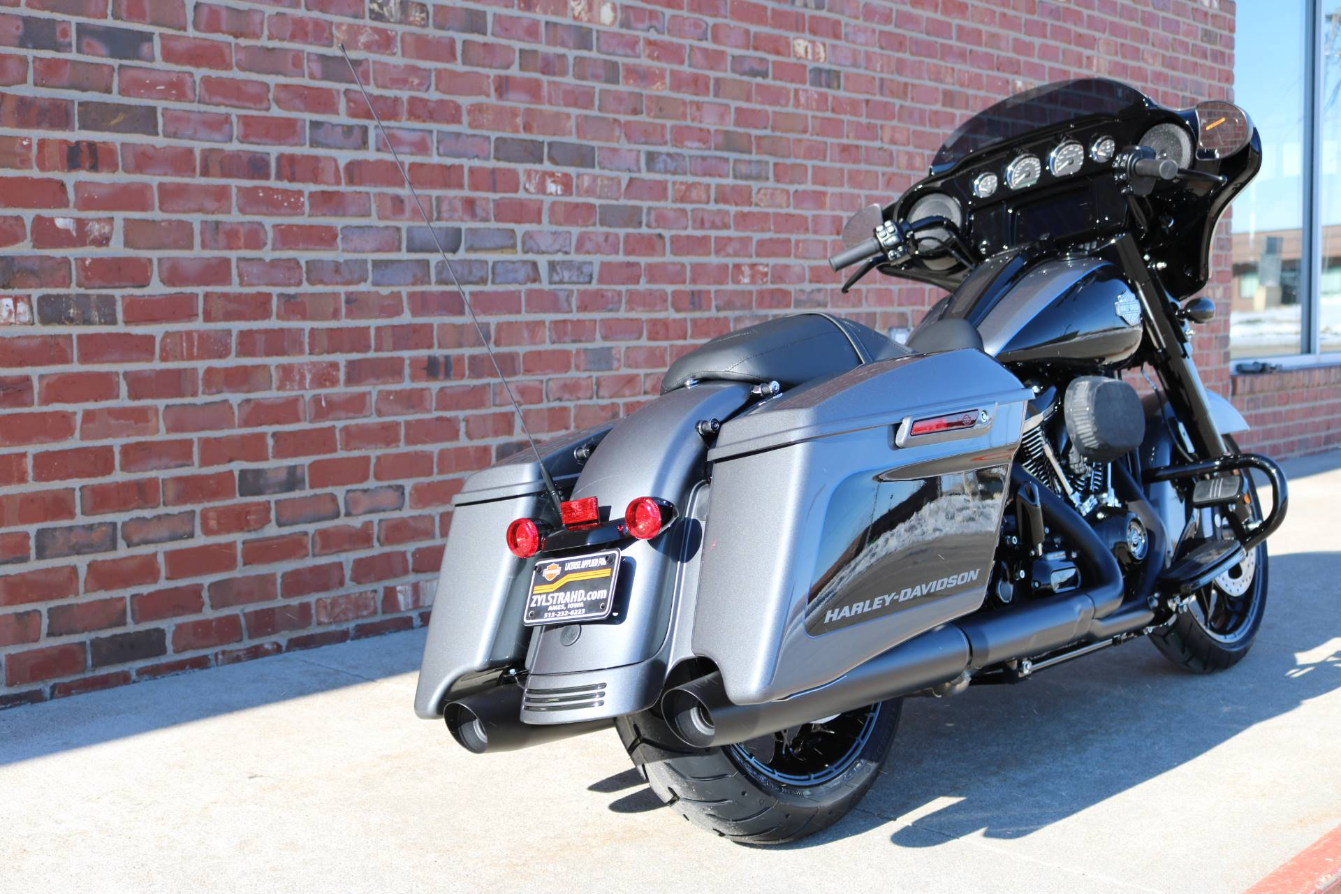 2021 Harley-Davidson Street Glide® Special in Ames, Iowa - Photo 3